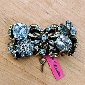 Betsey Johnson Heart of Gold Bracelet